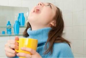 Полоскание горла при кашле