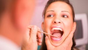 Как вылечить горло при беременности?