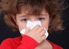 Что делать, если ребенка беспокоит насморк и он чихает?