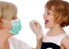 Причины появления и методы устранения соплей в горле у ребенка