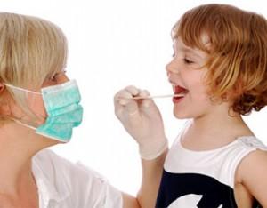 Причины скопления слизи в горле
