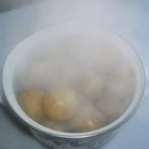 Пар картошки