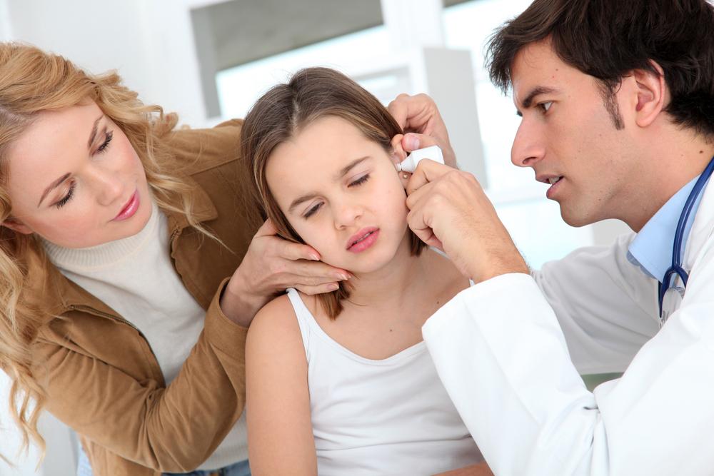 Острый средний катаральный отит: почему возникает и как лечить