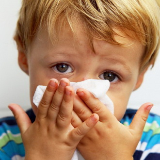 Температура 37 кашель сухой першение в горле насморк что это