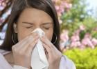 Как отличить аллергический насморк от простудного и чем его лечить