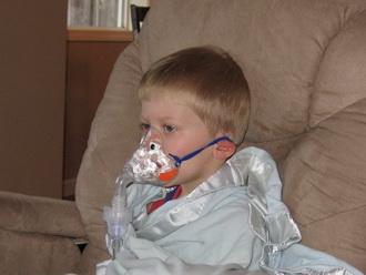 Стеноз гортани у детей: причины, симптомы и неотложны помощь
