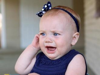 Отиты уха у ребенка: симптомы, причины и лечение